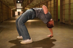 1-arm backbend performance